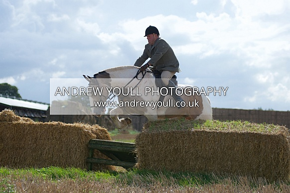Yorkshire Farmers Bloodhounds - 17SEP2017 - Crowle