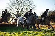 Yorkshire Farmer Bloodhounds -07JAN2018 - Simms Hill Hunt